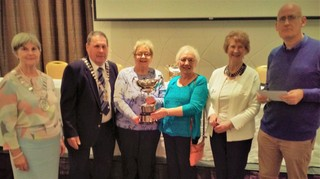 Nuala Connolly & Peggy Hanratty P.J. Carroll Cup Winners, Margaret O'Hanlon Regional President, Peter O'Meara, CBAI President, Dolores Martin, Secretary & Eoin Manning, Congress President.