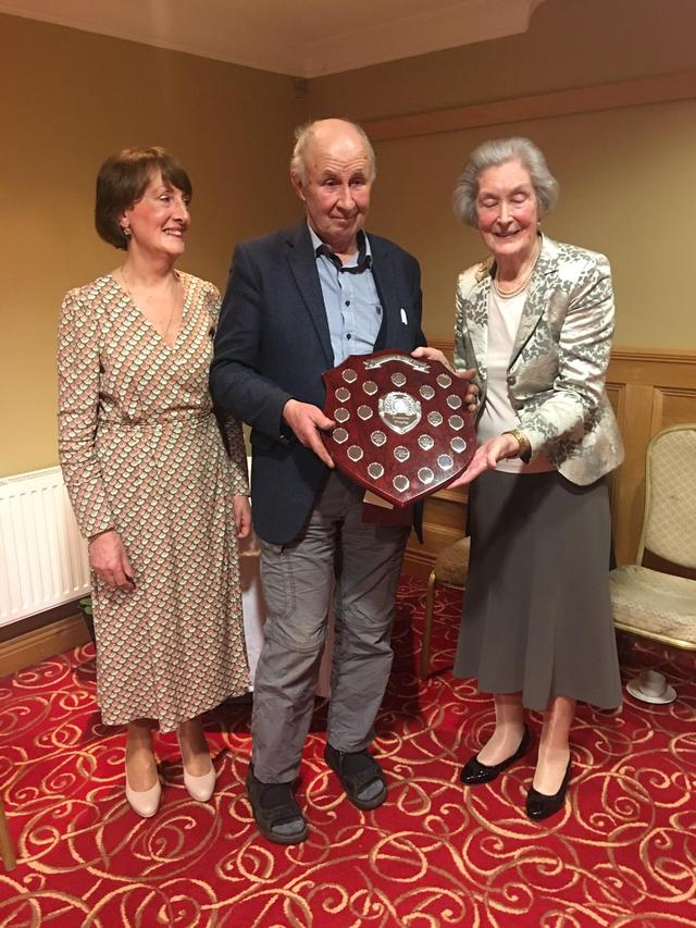 Anne Freeman presenting John Duffy with 1st prize in the Freeman Trophy Also in picture Sally Egan President